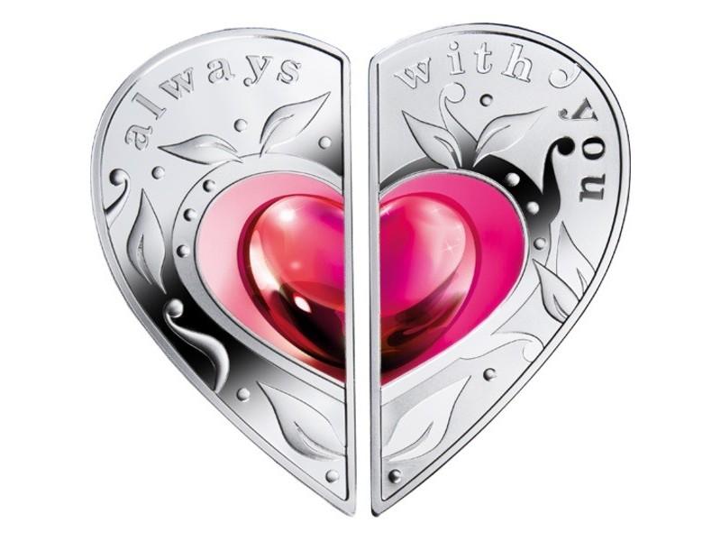 Хакасский муниципальный банк предлагает подарки на День любви, семьи и верности